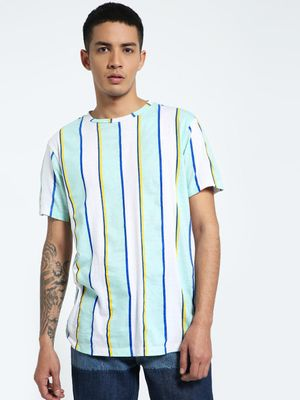 CHELSEA KING Vertical Stripe Crew Neck T-Shirt