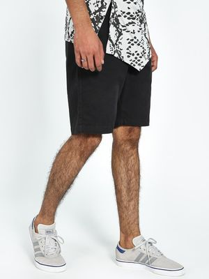 REALM Regular Fit Chino Shorts