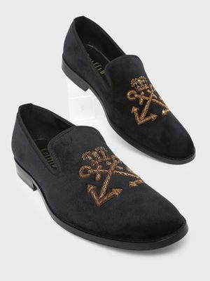 Griffin Embroidery Casual Loafers