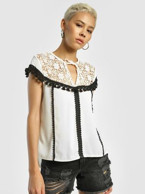Privy League Contrast Tassel Lace Detail Blouse