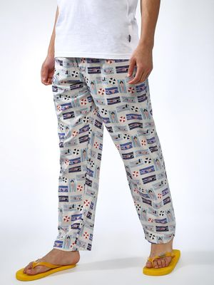 SMUGGLERZ Inc. All Over Beach Print Regular Fit Trousers