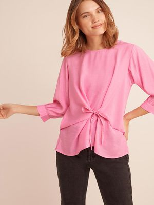 D'BASIC Front Tie-Knot Long Sleeve Top