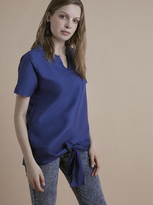 MERAKI Essential Tie-Up V- Neck Top