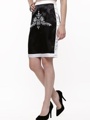 KOOVS Structured Embroided Pencil Skirt