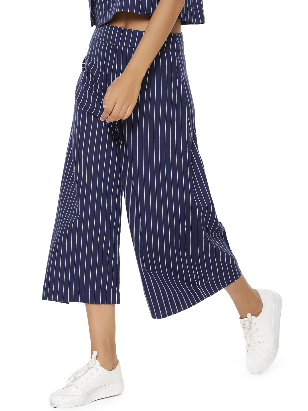 Evah London Blue Pleated Cropped Wide Leg Pants 1