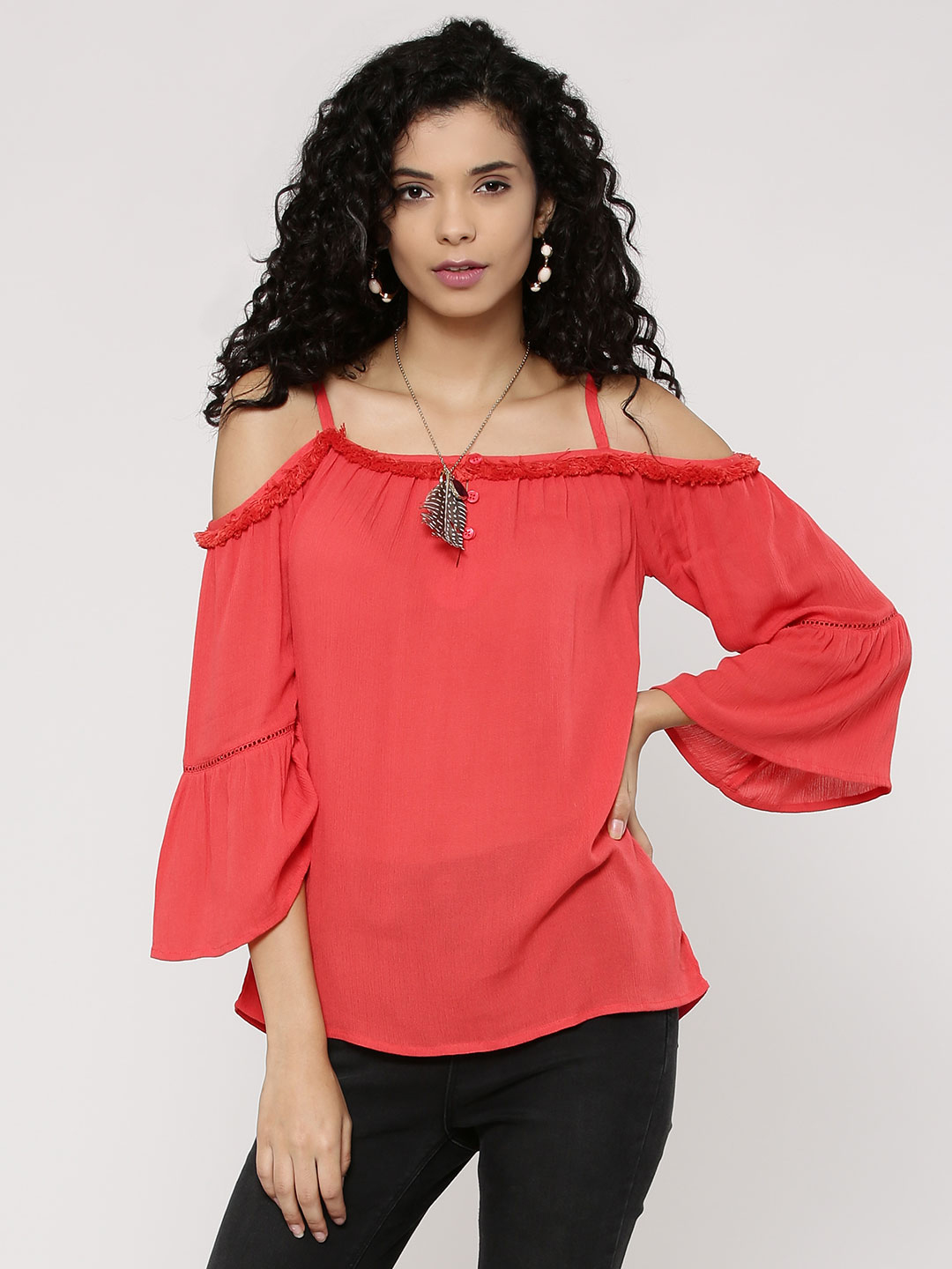 Sbuys Corol Frill Cold Shoulder Top 1