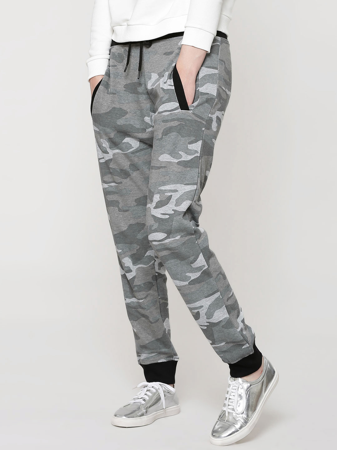 New Look Grey Washed Camo Jogger 1