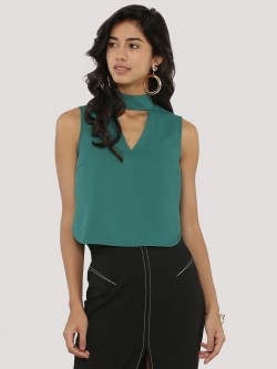 KOOVS Choker Plunge Neck Crop Top