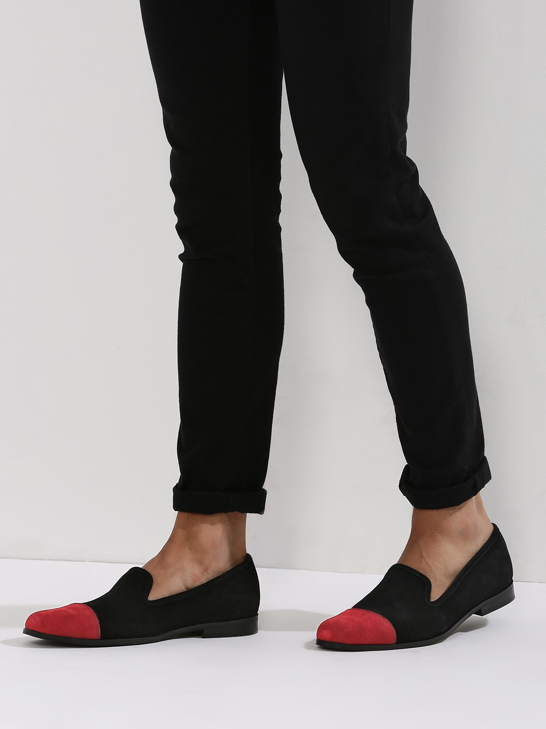 Griffin Black Loafers With Contrast Toe Cap Detailing 1