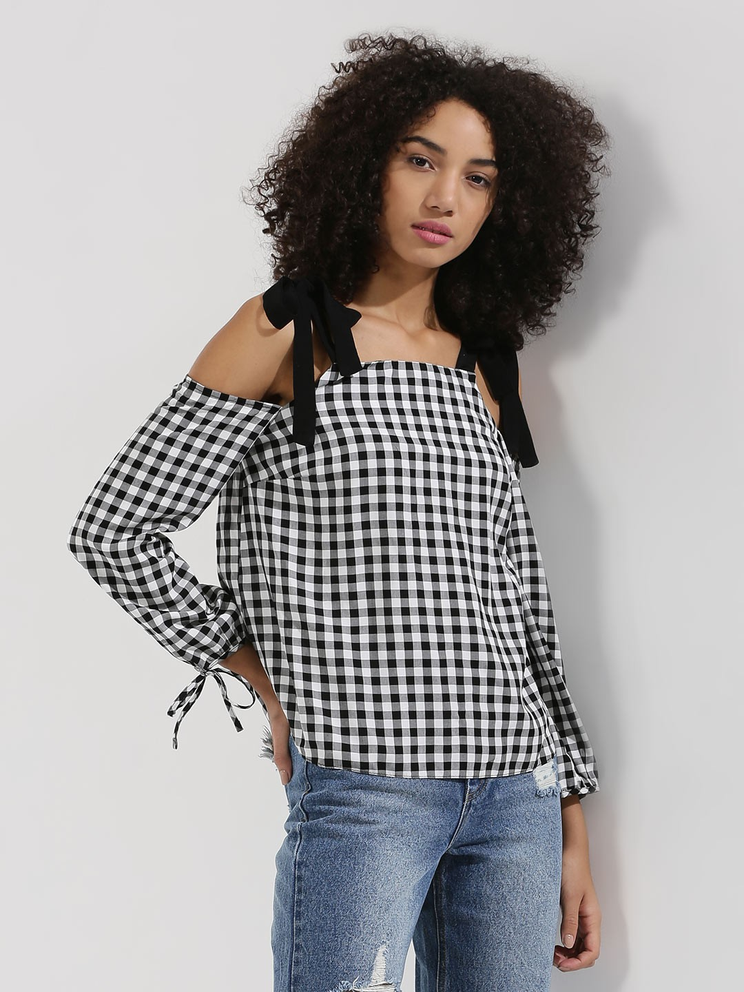 New Look Black and White Contrast Strap Gingham Top 1