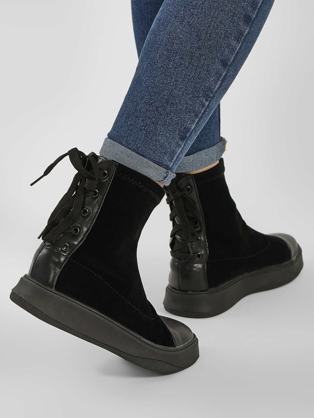 No Doubt Black Chunky Sole Suede Finish Boots 1